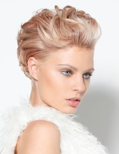 60 Best Pixie Bride Images Pixie Hairstyles Short Haircuts Pixie Cut
