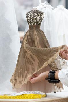 Fashion Sewing, Fashion Dolls, Fashion Art, Fashion Dresses, Couture Week, Barbie Dress, Barbie Clothes, Dior Dress, Costura Fashion