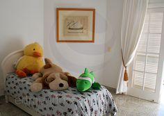 A boa distribuição dos cômodos preserva a privacidade e favorece o relaxamento dos convidados.