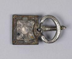Fibbia ostrogota ritrovata a Oradea in Transilvania V sec. Argento dorato, granati e pasta di vetro The Walters Art Museum - Baltimora
