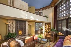 Lloyd Wright's Mayan/Islamic Derby House Hits The Market In Glendale