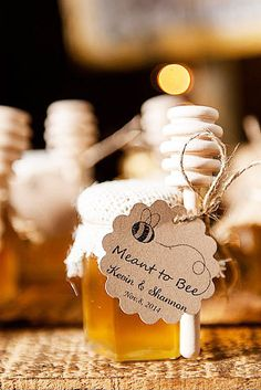 rustic country style honey wedding favors / www. - - rustic country style honey wedding favors / www.deerpearlflow… rustic country style honey wedding favors / www. Honey Wedding Favors, Creative Wedding Favors, Wedding Gifts For Guests, Rustic Wedding Favors, Wedding Favors For Guests, Bridal Shower Rustic, Honey Favors, Rustic Theme, Gift Wedding