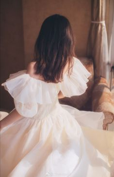 The rustic wedding date trend is still going successful, and so every single day I recognize much more unique projects and inspiration floating around the website. Set Fashion, Fashion Outfits, Girl Fashion, Pretty Dresses, Beautiful Dresses, Beautiful Things, Princess Aesthetic, Aesthetic Girl, Aesthetic Fashion