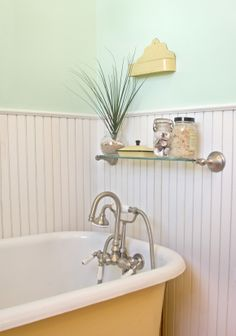 claw foot tub - yellow exterior