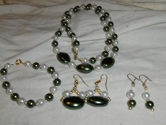 """""""Christmas Green Pearl Nuggets"""" 4 piece set --- ONE OF A KIND --- $8.00 + $4.00 shipping in the USA"""