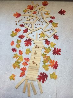 Land Art, Reggio Children, Beginning Of School, Fall Harvest, Kindergarten, Kids Rugs, Shapes, Teaching, Crafts