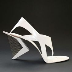 "he architecture of Santiago Calatrava is captured flawlessly in a series of cutting-edge shoes by Tea Petrovic  for a project at the Academy of Fine Arts in Sarajevo. ""I have created a shoe collection, as my graduating project, that is centered around the idea that each shoe is an sculptural-architectural structured form."