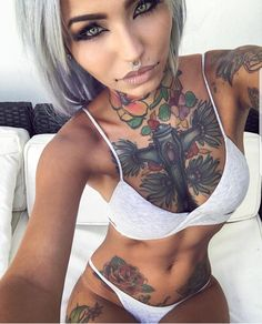 Beatiful girls with tatoo. Naked body and sexy selfie. Only real and hot girls Hot Tattoo Girls, Tattoed Girls, Inked Girls, Sexy Tattoos, Girl Tattoos, Tatoos, Asian Tattoos, Tribal Tattoos, Panzer Tattoo