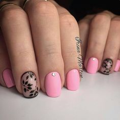 Definitely, your nails deserve all the attention. And spring nails designs and colors let you show off your lovey-dovey side. Essentially, when the season Short Nail Designs, Nail Designs Spring, Acrylic Nail Designs, Nail Art Designs, Nails Design, Cute Nails, Pretty Nails, Nail Polish, Manicure Y Pedicure