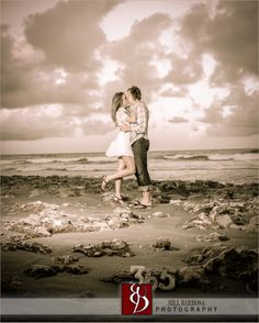 Such a cute idea for Engagement session  #Engagement##session#EngagementSession##Jupiter##SouthFlorida##Weddings##SaveTheDate##  Photography By Bill Barbosa Photography 561-704-4200 www.billbarbosaphotography.com