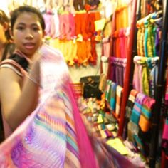 Shopping Chatuchak Market: the Ultimate Photo Guide to Bangkok's Best Market - Souvenir Finder Laos Travel, Bangkok Travel, Thailand Travel, Chatuchak Market, Best Thai, Okinawa Japan, Chicago Restaurants, Beach Trip, Beach Travel