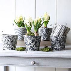 Dutch Patterned Plant Pot