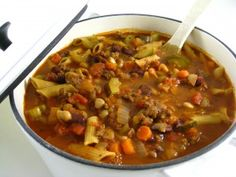 Make Olive Garden's Delicious Pasta Fagioli at Home! You'll love, love, love this rich, hearty, fiber packed soup! It tastes very similar to the pasta e fagioli at Olive Garden. My recipe actually contains more calories than theirs does because I've added more beans and veggies. The skinny for 1 cup of soup, 156 calories, 2 grams fat, 6 grams of fiber and 4 Weight Watchers POINTS PLUS.
