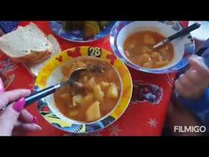 ce mănânc intr-o zi Cheeseburger Chowder, Youtube, Food, Meal, Essen, Hoods, Meals, Youtube Movies, Eten