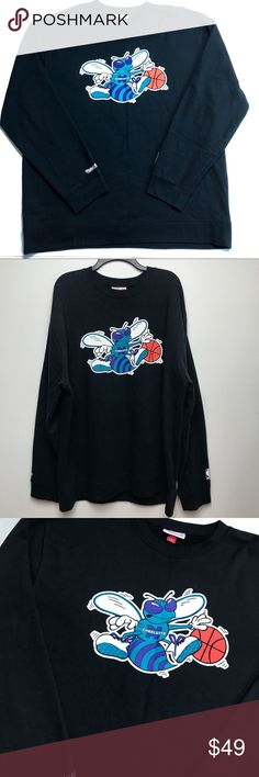 NWOT! Charlotte Hornets Basketball Crew 3XL Black Hornets basketball long sleeve crew neck sweater. In great condition, very soft and warm. Perfect for the colder weather. Men's size 3XL Mitchell & Ness Shirts Sweatshirts & Hoodies