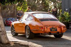 """""""Dieu issu de la machine""""... C'est presque ça ! Mais à un moment, Porsche, Porsche, il nous gave avec ses Porsche ! C'est pour les vieux bourges, qui se l #Magnus_Walker, #Outlaw, 911, Café_Racer, Deus_Ex_Machina, porsche, vintage"""