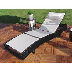 Aurinkotuoli kaareva, 199,95€. Tyylikäs aurinkotuoli parvekkeelle, terasille tai puutarhaan! Aurinkotuoli on erittäin helppohoitoinen ja se voidaan puhdistaa helposti vedellä. Selkänojaa voidaan säätää viiteen eri kulmaan, joten löydät varmasti hyvän asennon. Ilmainen toimitus! #aurinkotuoli