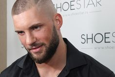 FETISH BARBER Buzz Cut For Men, Buzz Cut With Beard, Bald With Beard, Best Beard Styles, Hair And Beard Styles, Very Short Haircuts, Haircuts For Men, Style Hommes Chauves, Short Hair Cuts