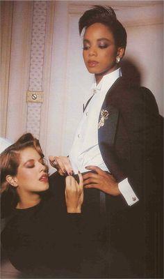 Le Grand Air Des Bijoux Vogue Paris november 1985 Ph: Guy Bourdin