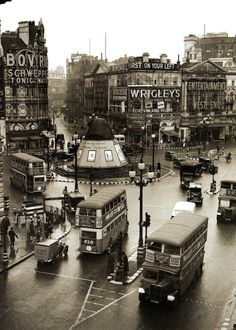 Picadilly 1939.