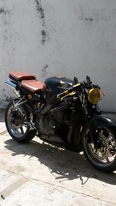 Café racer Coatzacoalcos cbr 600 f3