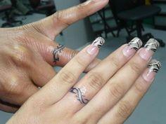 Celtic knot rings