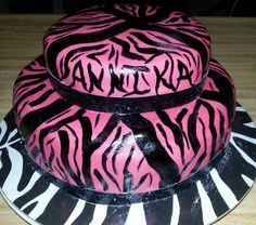 Zebra cake hot pink & black