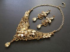 Excited to share this item from my shop: Bridal necklace, wedding jewelry, rhinestones necklace, bridals jewelry, wedding necklace, yellow gold necklace, statement necklace, for her #wedding #victorian #blingglam #gold #yellow #jewelryset #weddingset #forbrides