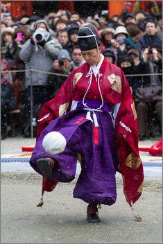 Cuju the beginning! ~ Shimogamo ~: THE PHOTO DIARY By CANON! A game of kemari