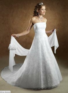 Stunning wedding dress and tiara combo    http://www.weddingdresseslux.com/camo-wedding-dresses.html/modern-camo-wedding-dresses