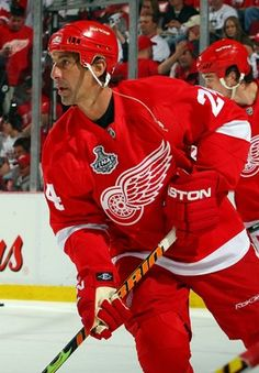 The 25 Most Beloved Players in Detroit Red Wings History c94ad255d