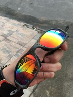 Oakley Sunglasses, Mirrored Sunglasses, Thug Life, Eyeglasses, Eyewear, Money, Wallpaper, Hair, Outfits