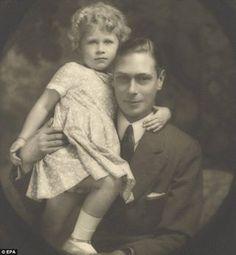 King George VI and Little Queen Elizabeth II ♥