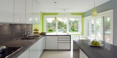 Best Kitchen Color Schemes with Bold Accent Walls