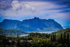 Ko'olau mountain form the valley of temples.  Photograph by Emily Byers