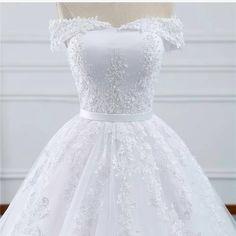 Vestido De Noiva e Debutante Casamento lindo Pronta Entrega - Life - Magazine Fcssantos Dream Dress, I Dress, Hijab Dress Party, Wedding Dress Accessories, Princess Style, Fashion 2020, Dress Making, Wedding Gowns, Lace Wedding