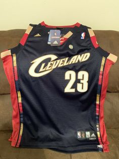 55e49f0e563 Lebron James Authentic NBA Cleveland Cavaliers Adidas Swingman Jersey Mens  XXL ( 37 Bids )