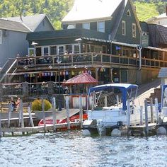 Christie S Steak Steamhouse Lounge On The Lake