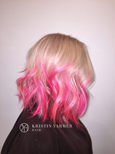 Austin-Hairdresser-_-Kristin-Yarmer-_-Pink-Ombre-textured-bob