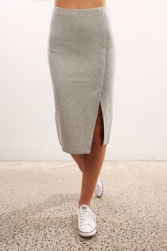 Jon Skirt Grey Marle – Daily Fashion Tips Maxi Skirt Outfits, Dress Skirt, Pola Rok, Casual Outfits, Cute Outfits, Looks Plus Size, Sexy Skirt, Summer Outfits Women, Mode Style