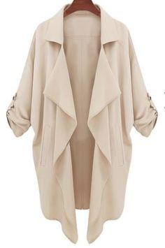 On laisse cette veste détachée et on l'agence d'un foulard en cercle tricoté bien chaud. (via sheinside)