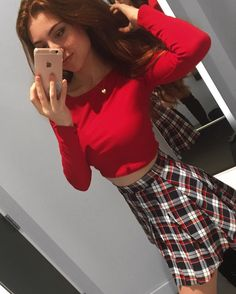 Regardez cette photo Instagram de @jessibouu • 3,547 mentions J'aime Emma Verde, Photo Instagram, Instagram Posts, Jessie, Youtubers, Style Me, Women's Fashion, Crop Tops, Cool Stuff