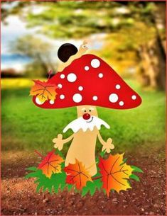 Mushroom Lookout (48 pieces) Foam Crafts, Preschool Crafts, Diy And Crafts, Arts And Crafts, Paper Crafts, Class Decoration, School Decorations, Fall Crafts For Kids, Art For Kids