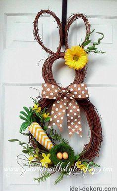 Items similar to Bunny Wreath - Easter Wreath - Easter Decoration - Easter Bunny Wreath - Spring Wreath - Summer Wreath - Easter Door Decoration on Etsy Easter Wreaths, Holiday Wreaths, Holiday Crafts, Easter Projects, Easter Crafts, Easter Decor, Easter Centerpiece, Bunny Crafts, Easter Ideas