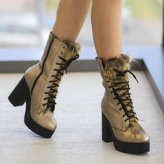 Ghete aurii cu toc gros si si blanita Combat Boots, Ron, Casual, Shoes, Fashion, Moda, Shoes Outlet, Fashion Styles, Combat Boot