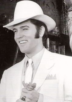 Elvis Presley in 'The trouble with Girls', 1969. S)