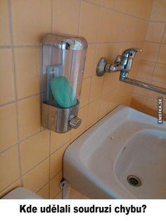 A takto si u nás ve škole máme umýt ruce