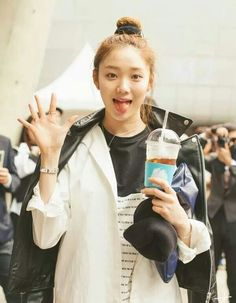 Uploaded by bunnieisgood. Find images and videos about lee sung kyung on We Heart It - the app to get lost in what you love. Korean Face, Cute Korean, Korean Girl, Korean Actresses, Actors & Actresses, Kim Bok Joo Lee Sung Kyung, Lee Sung Kyung Fashion, Weightlifting Fairy Kim Bok Joo, Joo Hyuk