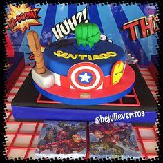 la torta que hicimos de AVENGERS para el cumple de Santiago #ponquecitos #cupcakes #desserttables #losvengadores #spidermancake #cupcakes #cakes #avengerscake #americancaptain #party #fiestasinfantiles #fiestas #avenger #candytable #marvel #avengersparty #candybar #capitanamerica #bejulieventos #bejulitips #fiestadecapitanamerica #lecheria #plc #guanta #barcelona #puertolacruz #04147874446