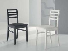 Andromeda sedia in legno Sedia con struttura in legno laccato e seduta in ecopelle.   89,00 € IVA inclusa scontata a  65,00 € IVA inclusa